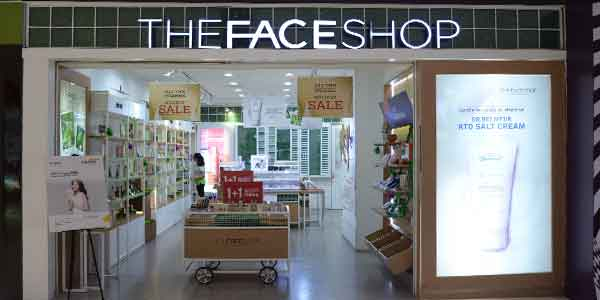 The Face Shop shop front in lippo mall puri st. moritz