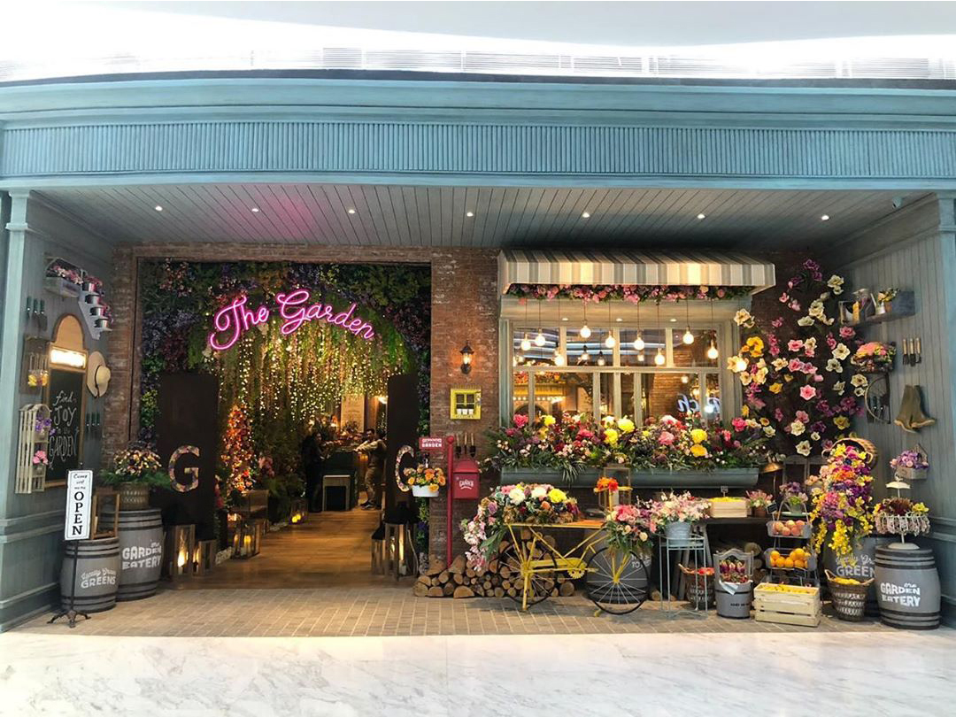 The Garden shop front in lippo mall puri st. moritz