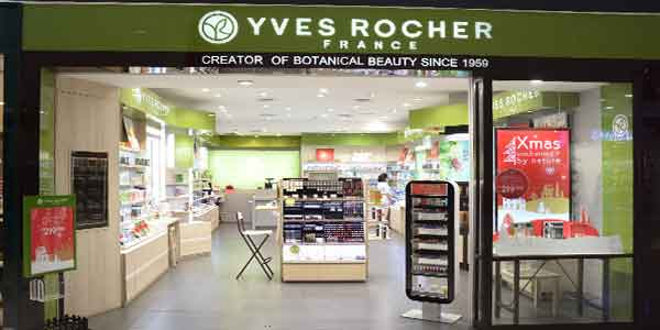 Yves Rocher shop front in lippo mall puri st. moritz